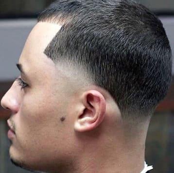 2018 Taper Fade Haircut 32 Mens Haircuts Mens Hairstyles