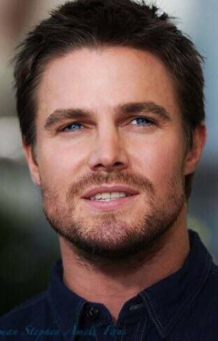 7 Stephen Amell Haircut 2018 Men S Haircut Styles