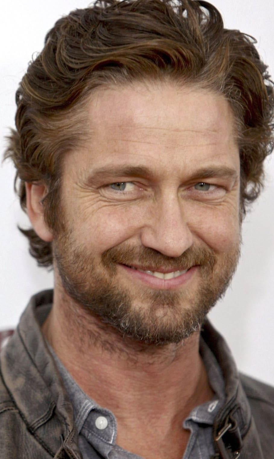 gerard butler Haircut 2018
