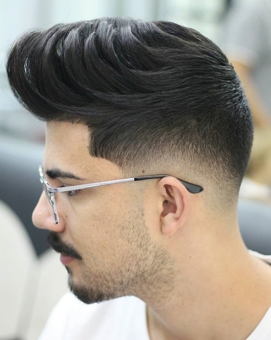 Supreme Low Fade Comb Over 2019 Men S Haircut Styles
